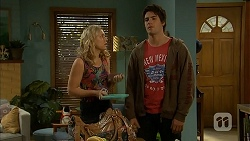 Georgia Brooks, Chris Pappas in Neighbours Episode 6956
