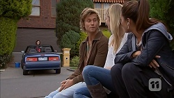 Daniel Robinson, Amber Turner, Paige Novak in Neighbours Episode 6956