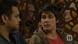 Nate Kinski, Chris Pappas in Neighbours Episode 6958