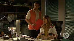 Toadie Rebecchi, Sonya Mitchell in Neighbours Episode 6958
