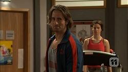 Brad Willis in Neighbours Episode 6960