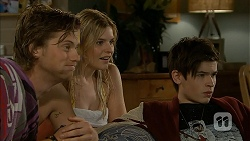 Daniel Robinson, Amber Turner, Bailey Turner in Neighbours Episode 6961