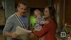 Toadie Rebecchi, Nell Rebecchi, Sonya Rebecchi in Neighbours Episode 6961