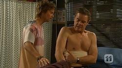 Daniel Robinson, Paul Robinson in Neighbours Episode 6963