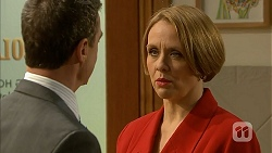 Paul Robinson, Sue Parker in Neighbours Episode 6966