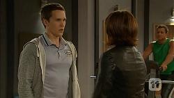 Josh Willis, Naomi Canning in Neighbours Episode 6968