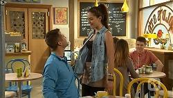 Mark Brennan, Paige Novak in Neighbours Episode 6968