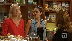 Lauren Turner, Paige Novak, Terese Willis in Neighbours Episode 6968