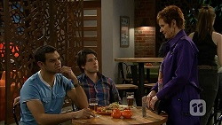 Nate Kinski, Chris Pappas, Susan Kennedy in Neighbours Episode 6969