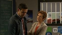 Nate Kinski, Susan Kennedy in Neighbours Episode 6969