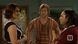 Naomi Canning, Daniel Robinson, Imogen Willis in Neighbours Episode 6970