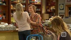 Amber Turner, Daniel Robinson in Neighbours Episode 6970