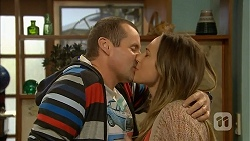 Toadie Rebecchi, Sonya Mitchell in Neighbours Episode 6972