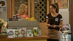 Lauren Turner, Paige Novak in Neighbours Episode 6973