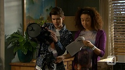Bailey Turner, Alice Azikiwe in Neighbours Episode 6973