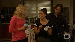 Lauren Turner, Paige Novak, Brad Willis in Neighbours Episode 6973