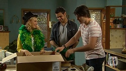 Georgia Brooks, Nate Kinski, Chris Pappas in Neighbours Episode 6974
