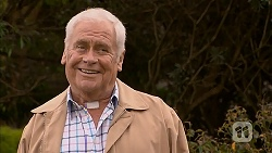 Lou Carpenter in Neighbours Episode 6975