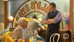 Lou Carpenter, Toadie Rebecchi in Neighbours Episode 6975