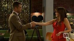 Mark Brennan, Dakota Davies in Neighbours Episode 6977