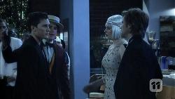 Josh Willis, Chris Pappas, Amber Turner, Daniel Robinson in Neighbours Episode 6978