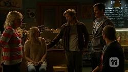 Lauren Turner, Amber Turner, Daniel Robinson, Matt Turner, Toadie Rebecchi in Neighbours Episode 6978