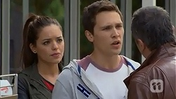 Paige Novak, Josh Willis, Karl Kennedy in Neighbours Episode 6980