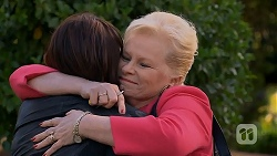 Naomi Canning, Sheila Canning in Neighbours Episode 6981