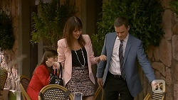 Dakota Davies, Paul Robinson in Neighbours Episode 6982