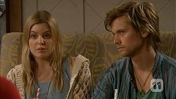 Amber Turner, Daniel Robinson in Neighbours Episode 6982