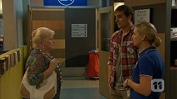 Sheila Canning, Kyle Canning, Georgia Brooks in Neighbours Episode 6983