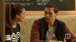 Paige Novak, Josh Willis in Neighbours Episode 6983