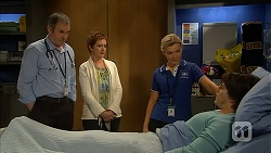 Karl Kennedy, Susan Kennedy, Georgia Brooks, Chris Pappas in Neighbours Episode 6984