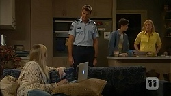 Amber Turner, Matt Turner, Bailey Turner, Lauren Turner in Neighbours Episode 6984