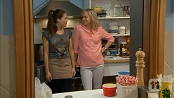 Paige Smith, Lauren Turner in Neighbours Episode 6984