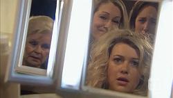 Sheila Canning, Rhonda Brooks, Georgia Brooks, Sonya Rebecchi in Neighbours Episode 6986
