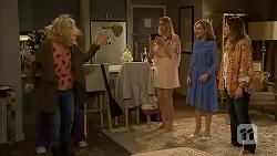 Georgia Brooks, Amber Turner, Rhonda Brooks, Sonya Rebecchi in Neighbours Episode 6986