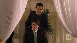 Nate Kinski, Chris Pappas in Neighbours Episode 6986
