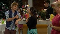 Daniel Robinson, Imogen Willis, Sheila Canning in Neighbours Episode 6986