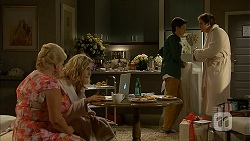Sheila Canning, Georgia Brooks, Bailey Turner, Kyle Canning in Neighbours Episode 6987