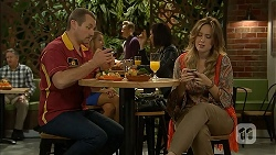 Toadie Rebecchi, Sonya Mitchell in Neighbours Episode 6988