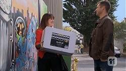 Dakota Davies, Mark Brennan in Neighbours Episode 6988