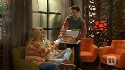 Amber Turner, Daniel Robinson, Josh Willis in Neighbours Episode 6988