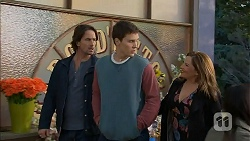 Brad Willis, Josh Willis, Terese Willis in Neighbours Episode 6989