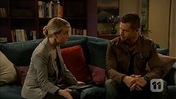 Federal Agent Greta Jackson, Mark Brennan in Neighbours Episode 6990