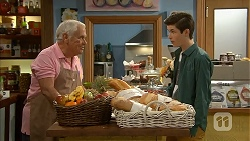 Lou Carpenter, Bailey Turner in Neighbours Episode 6990