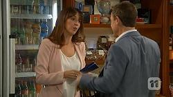 Dakota Davies, Paul Robinson in Neighbours Episode 6990