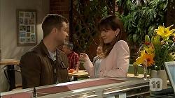 Mark Brennan, Dakota Davies in Neighbours Episode 6991