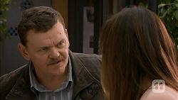 Justin Clemens, Dakota Davies in Neighbours Episode 6991