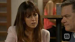 Dakota Davies, Paul Robinson in Neighbours Episode 6991